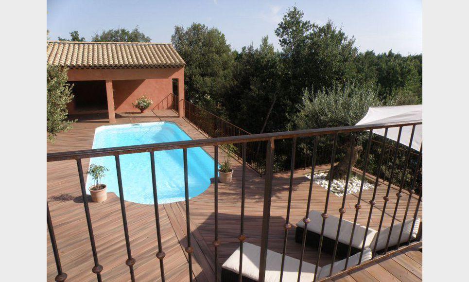 Villa standing 245 m2 avec piscine saint maximin vente for Cash piscine saint maximin